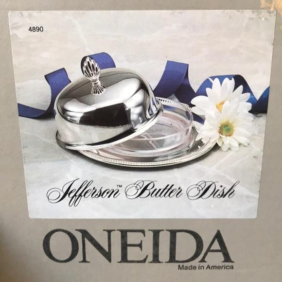 Oneida Jefferson Butter Dish